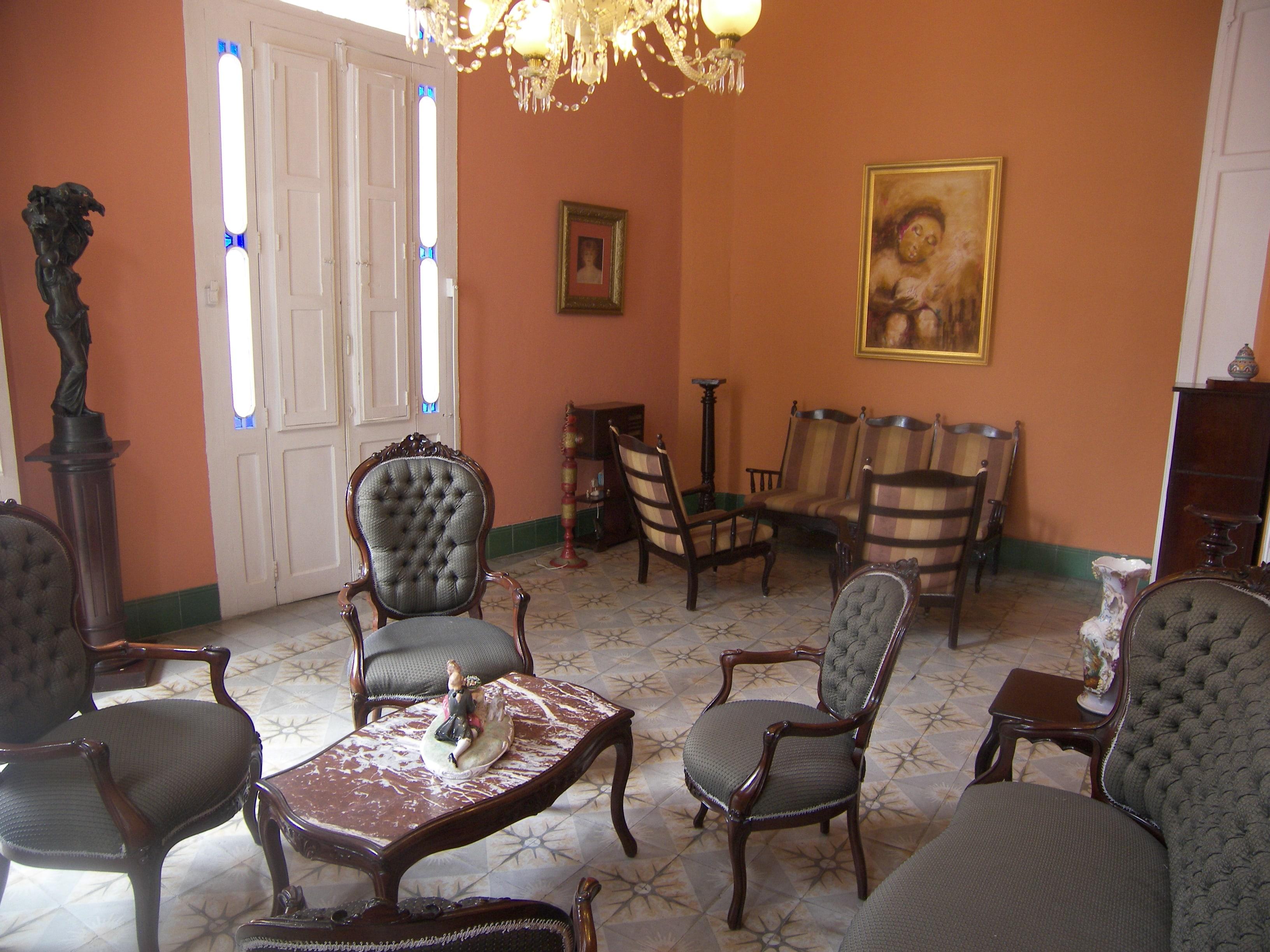 Chez Nous Colonial, Havana